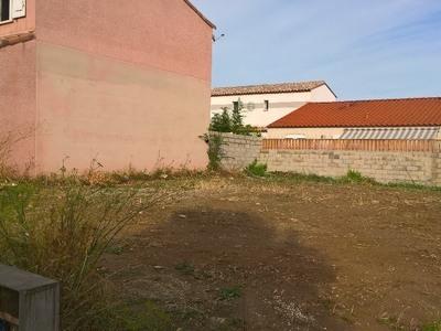Terrain à bâtir, 177 m²