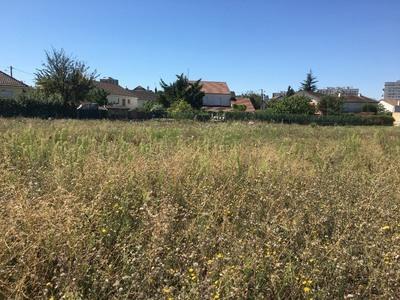 Terrain à bâtir, 636 m²